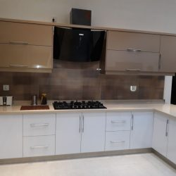 Artwoodveneer kitchen manufacturer in lahore (6)